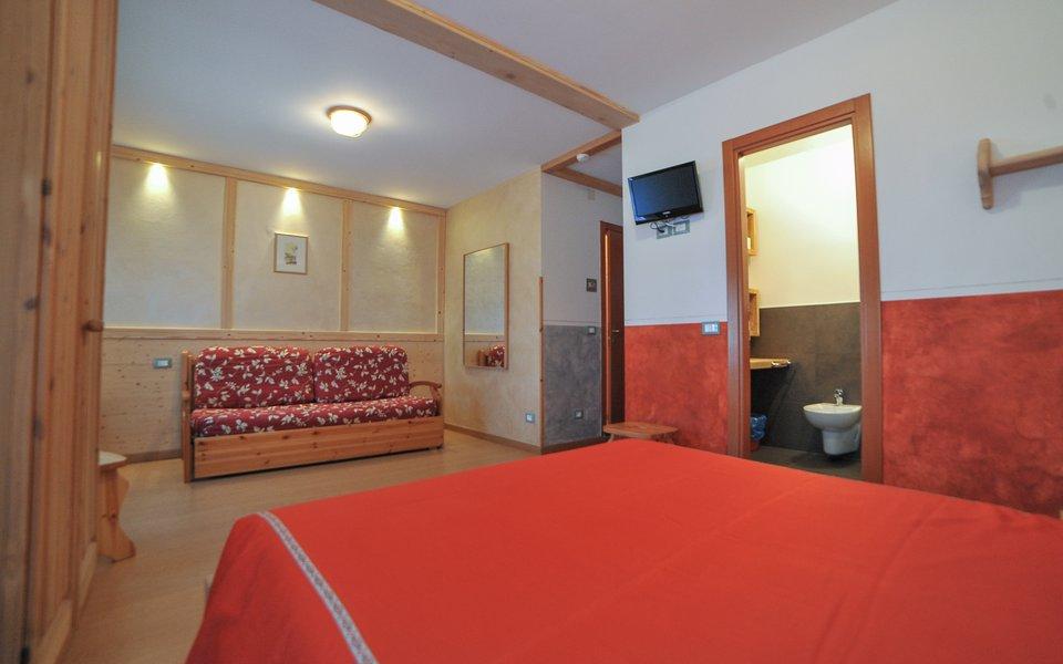 3 la camera cappuccetto rosso verenetta w
