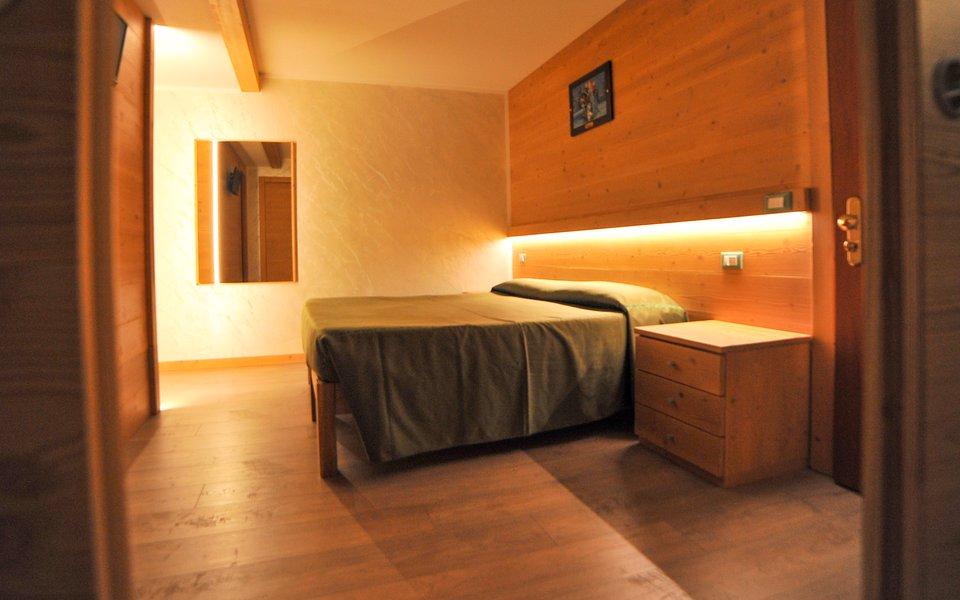 36 il letto della camera frozen w